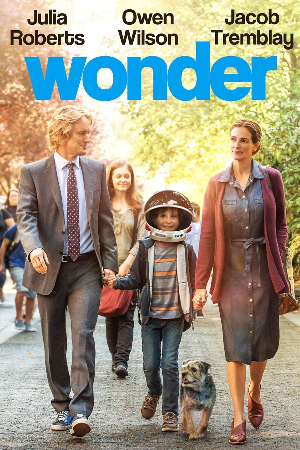 Wonder Movie Mom dad and Child. Owen Wilson, Julia Roberts and Jacob Tremblay