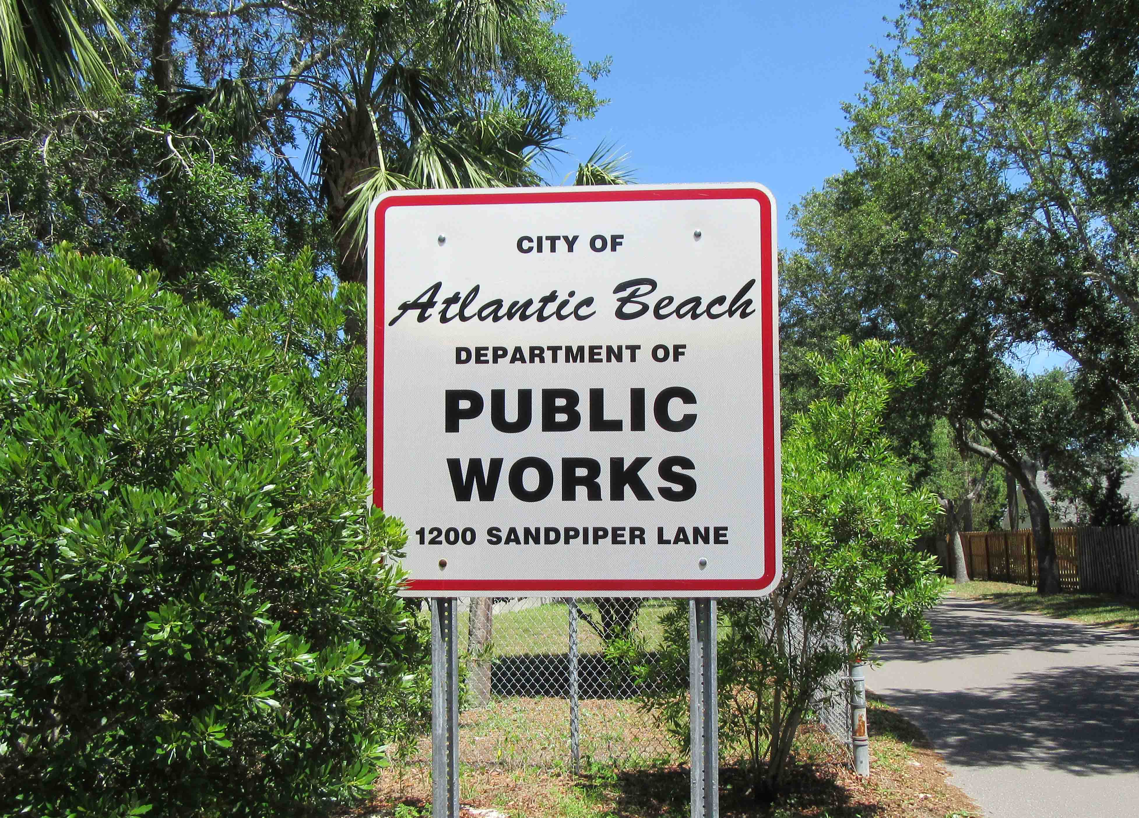 Public Works Sign at 1200 Sandpiper Lane